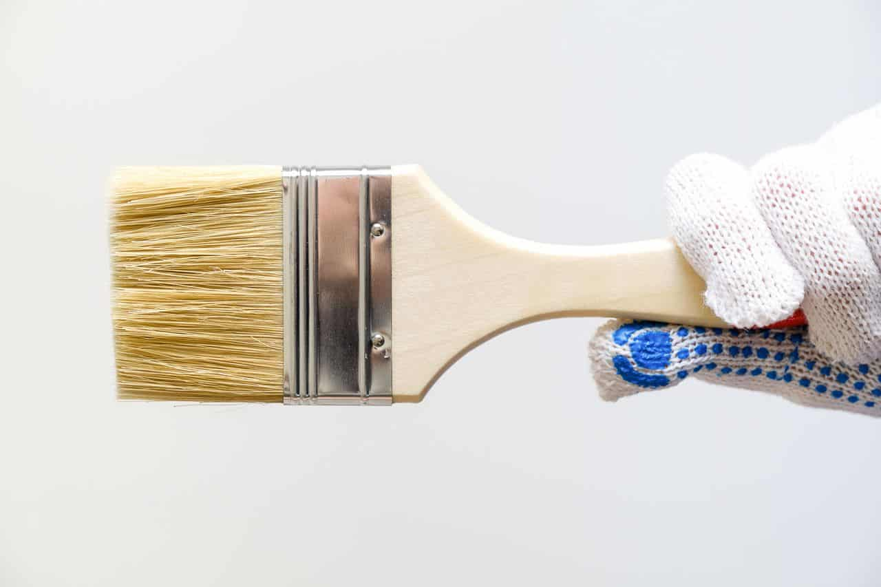 A clean brush